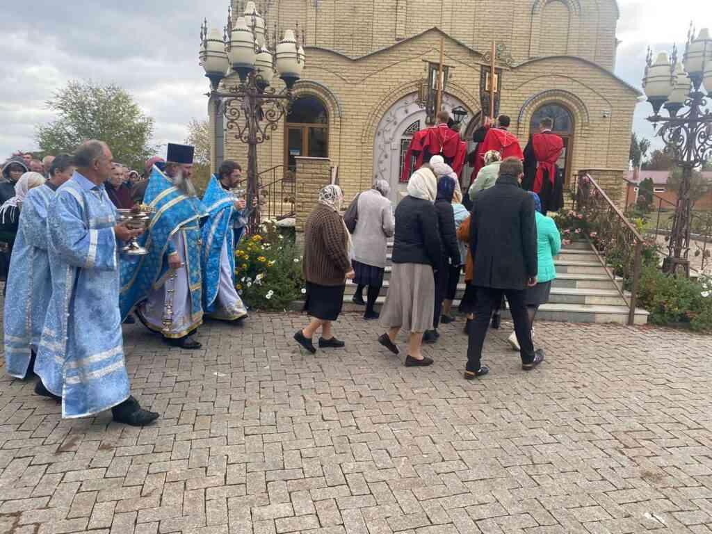 Церковный праздник Покрова Пресвятой Богородицы 1
